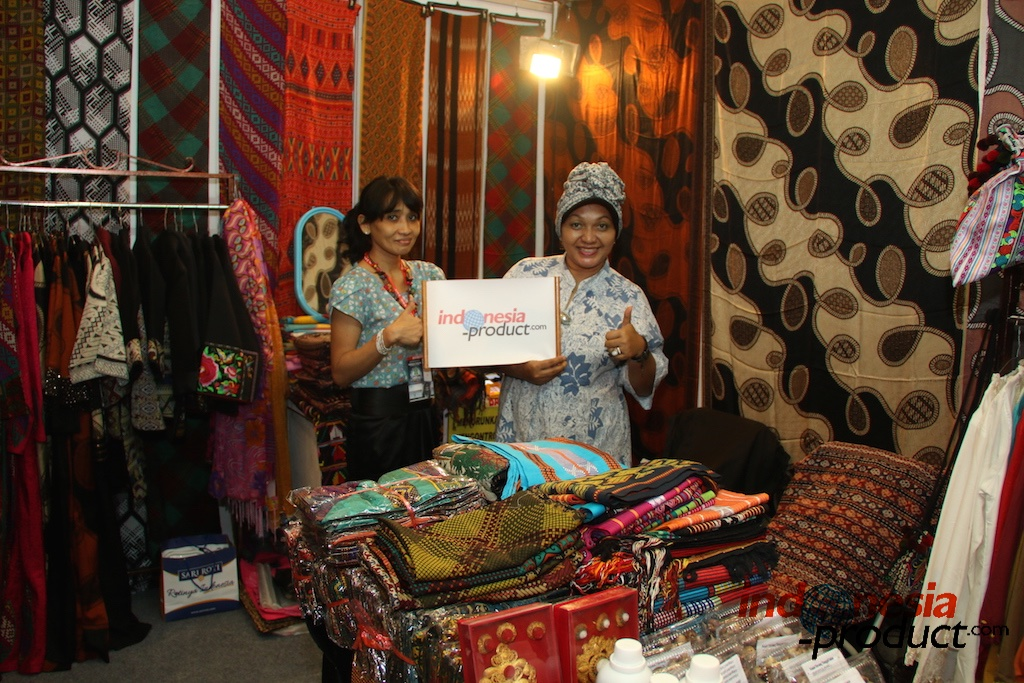 one of female clothes shop in Semarang - Central Java
