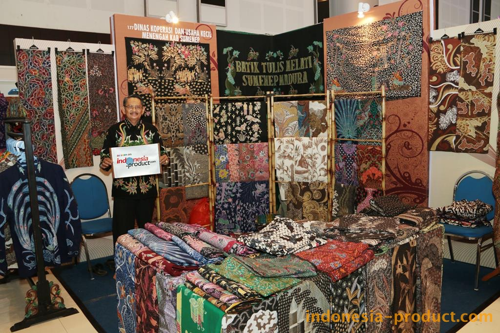 The products of this workshop are created by skilled craftsmen from Bluto area, Sumenep. All the products here are handmade Batik with variety motifs and colors specialty Madura