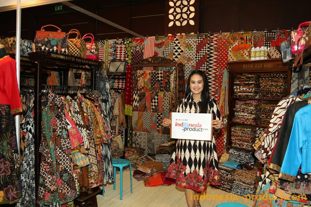 Here you can find various Batik products that make you look more elegant and fashionable
