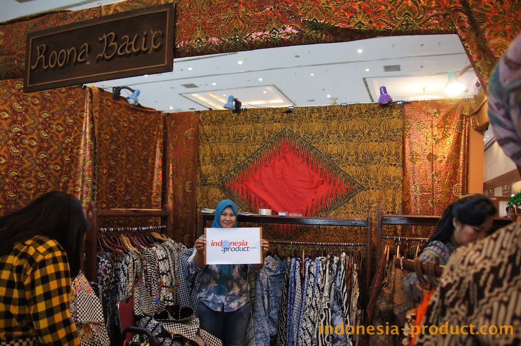 ROONA BATIK  Brand of Innovation Batik Fashion from Yogyakarta