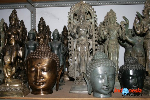 Buddha and god statue is made up of various sizes as well, started from the smallest about 5 cm up to biggest with 3 meters in this size
