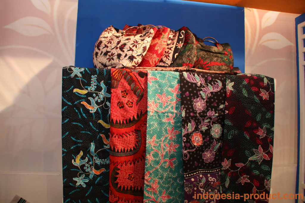 All handmade batik products of Dewi Batik are good quality but at affordable price.