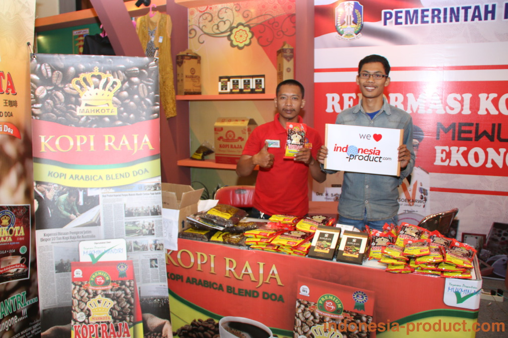 """Mahkota Kopi Raja produces not only general arabica blend coffee product, but in each coffee product there is """"a pray"""" that can bring a happiness when you drink it."""