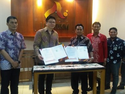 Collaborate To Support SMEs, SMESCO & Indonesia Product Global Signed A Cooperation Contract