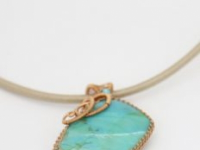 Women's Favorite Jewelry, Pendant Becomes Long Lasting Necklace's Part