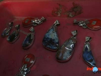 Precious Natural Stones Applied In Pendants