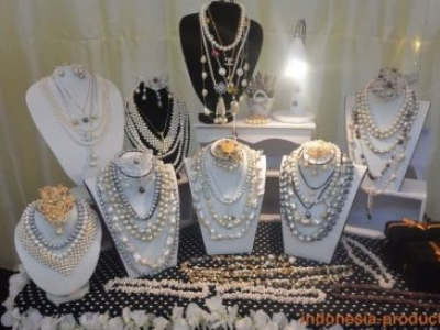 Lombok Pearl Necklace Models And Types