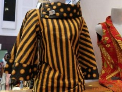 Women's Clothing In Lurik Motifs Look Elegant
