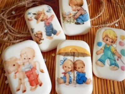 Beautiful Decoupage Soap Is Another Preference Of Creative Souvenirs & Gift