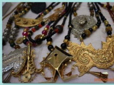 Indonesian Traditional Necklace Has Its Own Ethnic Feel