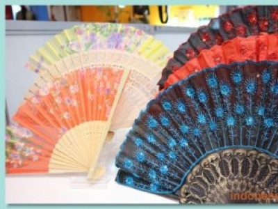 Handmade Fan Crafts Made Of Bamboo